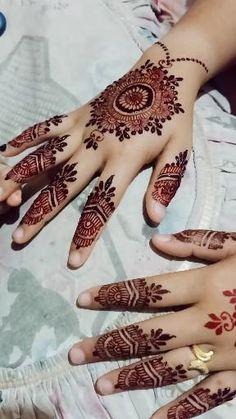 Finger Mehndi Style, Finger Mehendi Designs, Mehndi Designs Front Hand, Khafif Mehndi Design, Indian Henna Designs, Floral Henna Designs, Full Hand Mehndi Designs, Stylish Mehndi Designs, Mehndi Design Photos