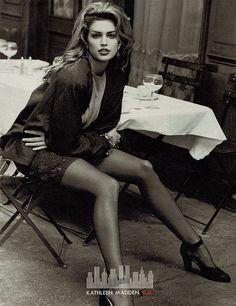 Cindy Crawford Girl Woman Black White B&W Fashion Beauty Advertisement Vintage Ad Classic Art Retro Print Giclée Poster Wall Decor Fashion Kids, 80s Fashion, Fashion Beauty, High Fashion Models, Fashion Weeks, Shorts Style, Modelos Guess, Original Supermodels, Modeling Poses