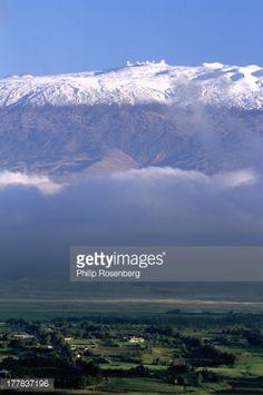 Hawaii, Big Island, Waimea town and snowcapped Mauna Kea and observatories