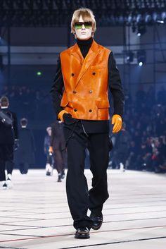 Male Fashion Trends: Dior Homme Fall-Winter 2017 - Paris Fashion Week