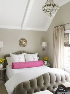 12 romantic bedrooms to make you fall in love.