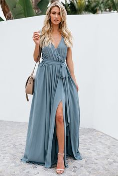 Kopertowa Szaro-Niebieska Sukienka na Wesele Długa | sklep MISSMIS.pl Elegant Dresses, Cute Dresses, Casual Dresses, Fashion Dresses, Xl Fashion, Maxi Wrap Dress, Sheath Dress, Prom Dress, Dress Silhouette
