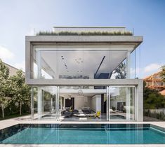 Pitsou Kedem brings together translucent, transparent and opaque materials for family house