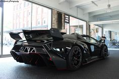 Veneno Roadster, Lamborghini Veneno, Most Expensive Car, Latest Cars, Car In The World, Watch V, Car Ins, Luxury Lifestyle, Super Cars