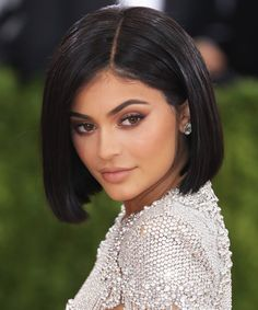 Best Short Haircuts For Summer That'll Convince You to Chop Off Your Hair