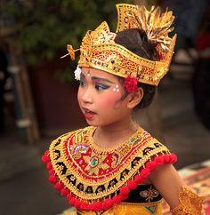 Bali- dancing girl