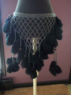 Handmade tassel belt. I'd love to do one like this with COLOR!