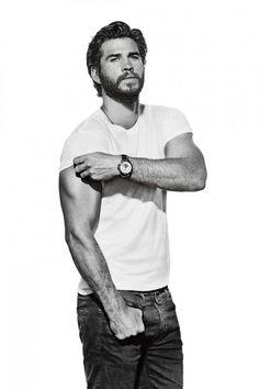 Liam Hemsworth (Australia)