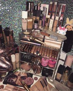 Makeup Brushes Set Sephora their Makeup Organizer Bag all Makeup Looks Everyday; Makeup Organizer In Drawer unless Makeup Forever Glitter Skin Makeup, Makeup Brushes, Beauty Makeup, Glowy Skin, Flawless Makeup, Glam Makeup, Huda Beauty, Makeup Storage, Makeup Organization