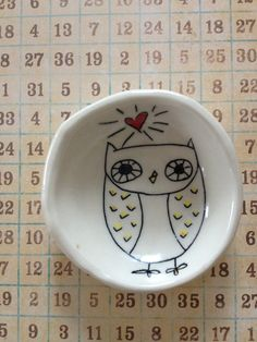 Items similar to Small owl dish on Etsy Color Me Mine, Owl Books, Small Owl, Paint Your Own Pottery, Pottery Classes, Ceramics Projects, Owl Bird, Marker Pen, Cute Owl
