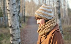 Knitting Patterns Galore - Natural Winter Cowl and Hat