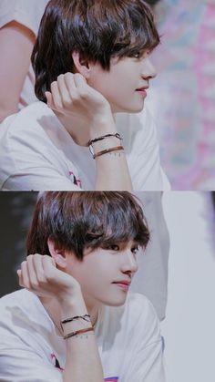 M vote for Long hair Kim Tae Bts Taehyung, Bts Bangtan Boy, Daegu, Foto Bts, Stigma V, K Pop, Bts Kim, V Bts Wallpaper, Korean Boy Bands