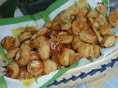 Kysnuté bryndzové pagáče (fotorecept) - Recept Pretzel Bites, Ale, Bread, Food, Basket, Ale Beer, Brot, Essen, Baking