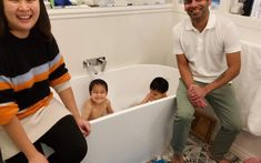 Check out those smiles! Big Baths, Sleep Early, Medical Facts, Holiday Apartments, Romantic Couples, Emerald, Smile, Check, Emeralds