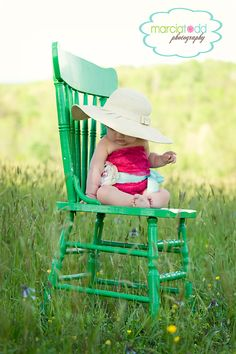 i would love to get some one year photos of romy in a green chair and grass like this