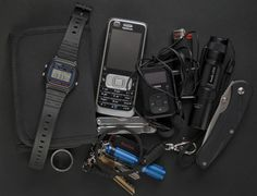 What Is Edc, What In My Bag, Camping Survival, Survival Prepping, Survival Stuff, Everyday Carry Items, Urban Edc, We Carry On, Tac Gear