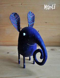 Purple elephant on Behance Purple Elephant, Elephant Love, Paper Mache Animals, Paper Mache Sculpture, Ceramic Sculptures, Paper Mache Crafts, Paperclay, Art Plastique, Handmade Toys