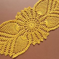 Crochet Table Runner Pattern, Free Crochet Doily Patterns, Crochet Tablecloth, Filet Crochet, Hand Crochet, Crochet Lace, Crochet Sunflower, Pineapple Crochet, Lace Doilies