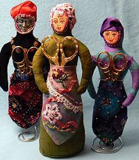 Cloth Doll Patterns by Cachet. Lady Chatelaine. Scissors holder/pincushion