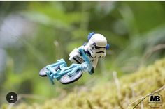 """Biking Stormtrooper"" Congratulations to the LEGO HUB Photographer of the., Stormtrooper"" Congratulations to the LEGO HUB Photographer of the. Pokemon Lego, Lego Stormtrooper, Lego Star Wars, Star Wars Art, Lego Avengers, Lego Marvel, Lego Disney, Clone Wars, Photo Lego"