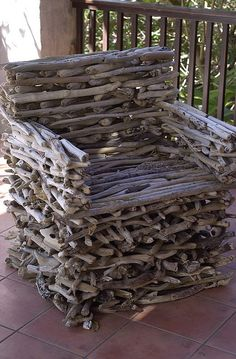 Driftwood chair! I love this! oh my goodness ---just put a great cushion in this chair and --- yeah!!