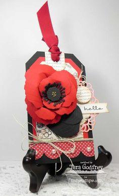 Pretty Poppies, Poppy Builder Die-namics, Decorative Doliy Duo Die-namics, Traditional Tags STAX Die-namics - Tara Godfrey