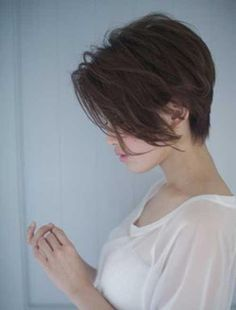 Best way to sport pixie cut without loosing most of the length is named long pixie haircut! Therefore we have collected Chic Long Pixie Haircut Pictures for you to get the appearance which you have always wanted! Teen Hairstyles, Cute Hairstyles For Short Hair, Short Hair Cuts For Women, Curly Hair Styles, Trendy Hair, Black Hairstyles, Stylish Hairstyles, School Hairstyles, Medium Hairstyles