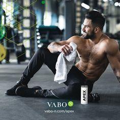 Du willst beim Training mehr Leistung bringen und endlich Ergebnisse sehen? Dann gönn' dir den VABO-N BODY OPTIMIZER. 💪 ✅ 17 Gramm Protein in jeder Dose ✅ Mit bioaktiven Kollagenpeptiden ✅ Pusht Fettab – und Muskelaufbau ✅ Für mehr Kraft & Ausdauer ✅ Boostet den Stoffwechsel ✅ Stärkt Gelenke und Knorpel ✅ Wirkung von Studien belegt Hol' dir deinen Muskelbooster und starte ins nächste Workout!😉 Anti Aging, Muscle Booster, Bmi, Gramm, Dose, Protein, Workout, Fitness, Collages