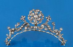 Lawrences Auctioneers (Crewkerne) : A GEORGIAN DIAMOND TIARA the scrolling foliate openwork : Online Auction Catalogue