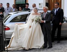 The bride Lady Charlotte Wellesley arrives with her father Charles Wellesley, 6th Duke of Wellington for her wedding to Columbian-american financier and philanthropist - and billionaire heir - Alejandro Santo Domingo May 28, 2016 in Illora, Spain #emiliawickstead
