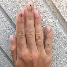 Looking for the best nude nail designs? Here is my list of best nude nails for your inspiration. Check out these perfect nude acrylic nails! Minimalist Nails, Nude Nails, Manicure And Pedicure, Acrylic Nails, Hair And Nails, My Nails, Romantic Nails, Nagel Gel, Flower Nails