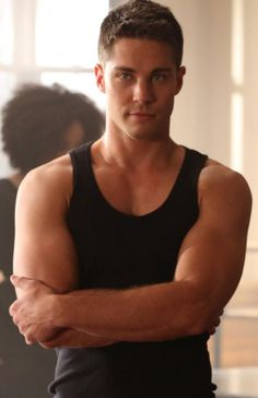 Top 10 TV Hunks Dean Geyer He can sing, he can act and he can dance! Not to forget he is drop dead gorgeous! Dean joined Glee cast as Brody Weston, Rachel's former love interest and – a gigolo…One thing is for sure – he is an Eye Candy! Dean Geyer, Dean Winchester, Beautiful Men Faces, Beautiful Boys, Gorgeous Men, Dead Gorgeous, Attractive Men, Good Looking Men, Man Crush