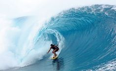 Simply WATCH someone surf Teahupo'o . and then find a very, very beginner surf spot Funny Photoshop Fails, Surfing Destinations, Tahiti Nui, Big Wave Surfing, Waves Wallpaper, Location Villa, Paradise On Earth, Adventure Activities, Big Waves