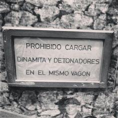 Aviso importante: no mezclar! #ojocuidao #cartel