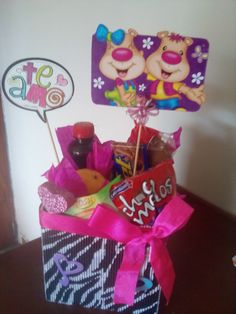 Motivos para amor y amistad Business, Cake, Desserts, Food, Friendship, Bouquets, Manualidades, Tailgate Desserts, Deserts