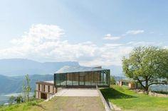 Elisabeth and Helmut Uhl Foundation