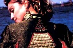 Η ΜΟΝΑΞΙΑ ΤΗΣ ΑΛΗΘΕΙΑΣ: ΝΕΑ ΤΑΞΗ ΠΡΑΓΜΑΤΩΝ… Η ΜΑΝΤΟΝΑ ΤΡΑΓΟΥΔΑ ΓΙΑ ΤΟΥΣ IL...