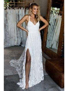 Lace Wedding Dresses Spaghetti Straps Sweep Train Criss-Cross Straps Sexy Bridal Gown JKW144