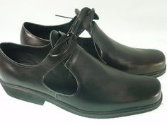 Historicall leather shoes from XVII century for men