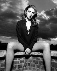 Rachel Weisz photographed by Rankin Rachel Weiss, Beautiful People, Beautiful Women, Portrait Studio, Foto Pose, Black And White Portraits, Klum, Westminster, Beautiful Actresses