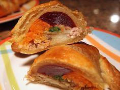 Cake & Heels: Thanksgiving Stuffed Croissant!
