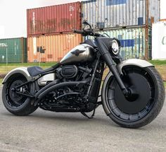 2018 fatboy the way Harley should have done it our 23 replica wheel custom guards seat paint and a shit ton of our signature satin Harley Davidson Museum, Harley Davidson Fatboy, Harley Davidson Motorcycles, Custom Motorcycles, Custom Bobber, Custom Harleys, Skateboard Decks For Sale, Replica Wheels, Harley Davidson Pictures
