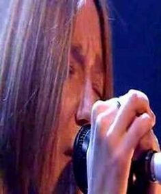 ▶ Beth Gibbons (Portishead) & Rustin Man - Tom The Model - Jools 2002 - YouTube