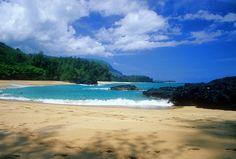 Beautiful Lumahai Beach - Photos of Hawaii Pictures