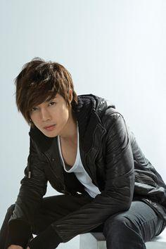 Kim Hyun Joong<3<3<3<3<3