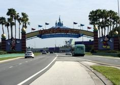 ideas for how to surprise kids with a trip to Disney!