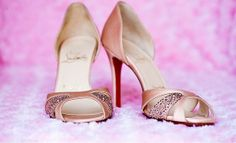 Pink Wedding Shoes.   WOW