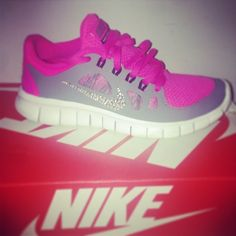 ♥ Running shoes