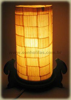 Luminária feita com garrafa pet - pet bottle