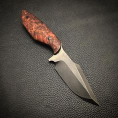 Just need sharpening. Who likes this one ? It will be available this weekend  Carbon fiber pins  Blued 01 tool steel Redwood lace Burl wood Harpoon point neck knife